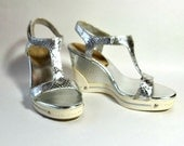 BCB Girls Silver T Strap Snake Leather - 50's Style - Wedge - Size 4B/34