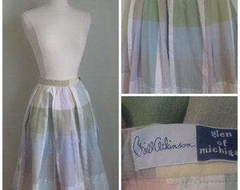 Vintage 1960's full skirt// Plaid