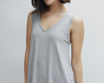 V-Neck Tank in Heather Grey