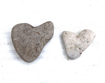 heart shaped beach pebbles rocks stones home decor craft tools jewelry supplies wall art trinkets (86)