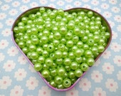 SALE--100pc 8mm grass green  Pearl beads,faux pearl beads,plastic beads