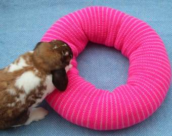 Ugli Donut for Small/Medium Rabbits