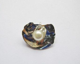 Pearl in oyster pendant #P3