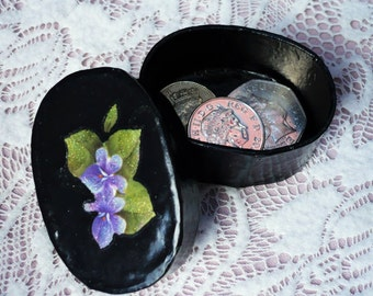 Decorative Oval Box: Black with violets. Keepsake, Gift, Trinket, Jewellery box. Valentine gift box