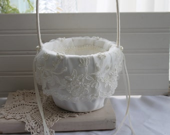 Flower Girl Basket, Wedding White Basket,Pearl  and lace details