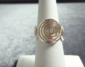 Sterling Silver Swirl Design Ring Sz 6 1/4 R216