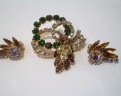 VINTAGE BROOCH and CLIP On Earrings Set, Rich Emerald Green, Golden Amber Rhinestones