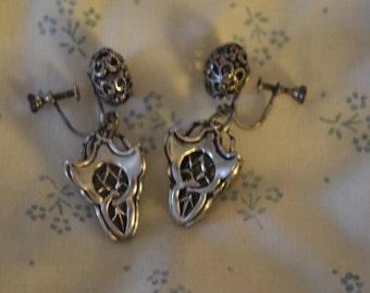 A Pair of Unusual Vintage Screwback Earrings in Silvertone