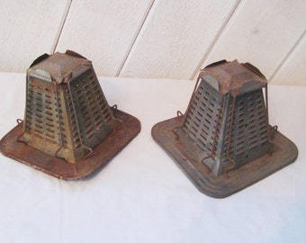 Vintage rustic toaster, camp toaster, primitive decor, metal toaster, rustic cabin decor, farmhouse decor, rustic kitchen decor, 1293