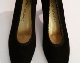 Vintage Shoes 1980's Black Suede Pumps Queen Anne Heel 80's NOS Designer Shoes Made by Charles Jourdan in Spain Size 7M