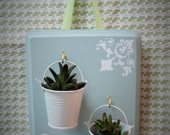 Wall Decor With Succulents Cottage / Shabby Chic