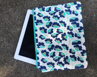 Diaper/Tablet Pouch