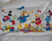 Vintage WALT DISNEY Twin Flat Bed Sheet~Donald Duck/Mickey Minnie Mouse/Pluto ++