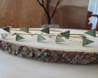 Chrysoprase bracelet, chrysoprase bangle bracelet, chrysoprase gold bracelet, green gemstone bracelet