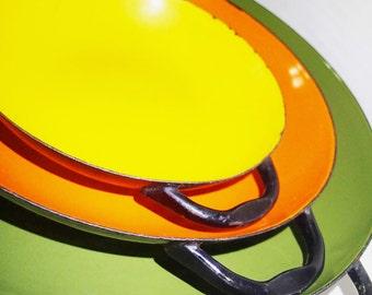 Enamel  wear saute pans serving set of 3, Mid Century retro colors avocado, yellow, orange
