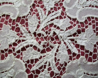 Vintage . Antique Handcrafted Needlelace Traycloth