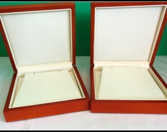 Vintage Wood Necklace Presentation Boxes
