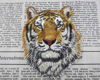 Tiger Embroidered Applique Iron On Patch 7.5x9.5 cm