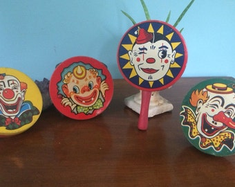 """Set of 4 Vintage Tin Party Noise Makers with Clowns, 4"""""""