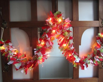 Bright Lighted Christmas Garland Cloth Garland Festive Season Rag Garland Red and Lime Green