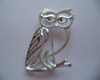 Vintage Signed Danecraft Silvertone/Matt Outlined Owl Brooch/Pin