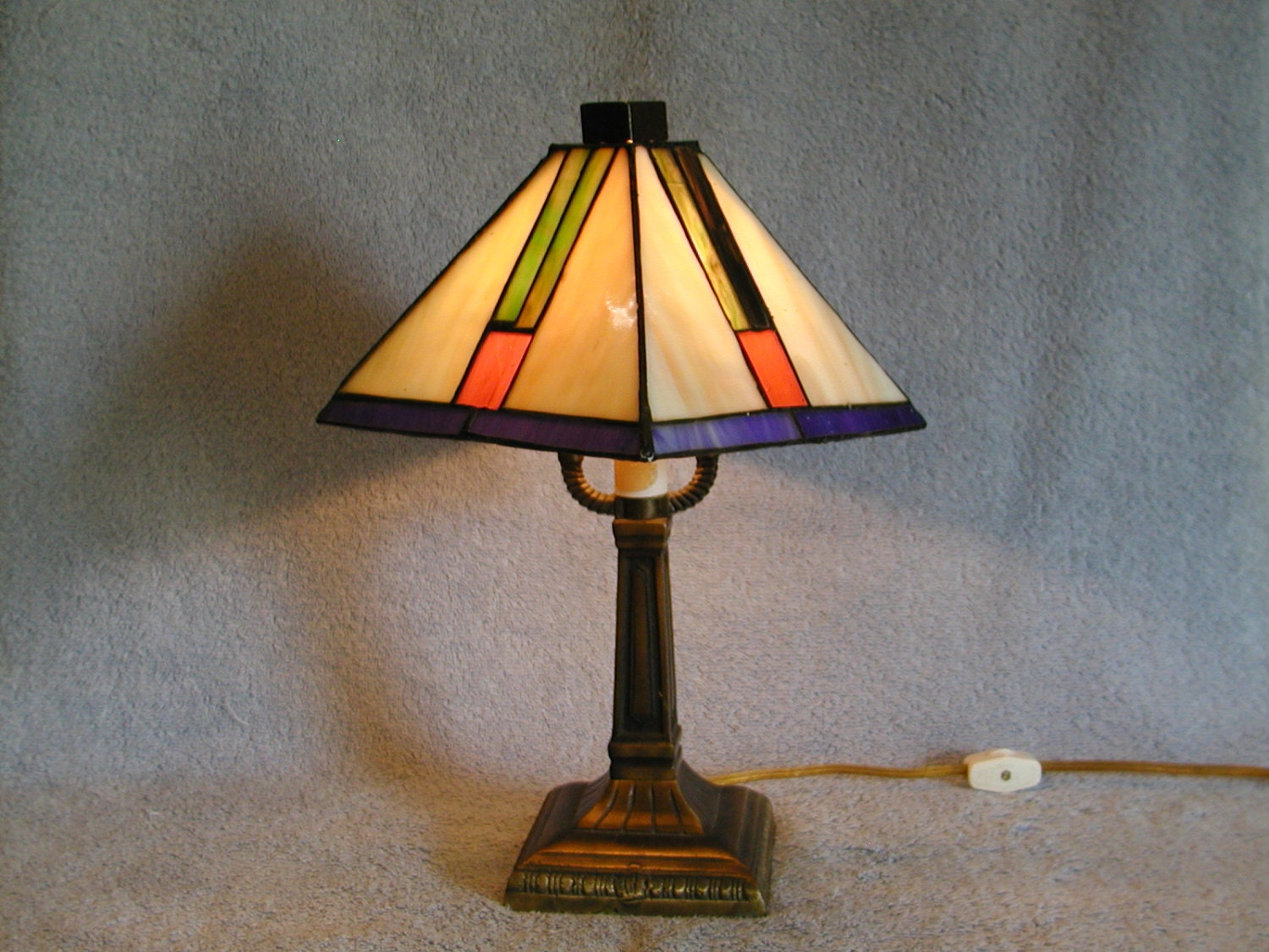 Wright Brothers Stained Glass Lamp : Stained glass lamp frank lloyd wright style