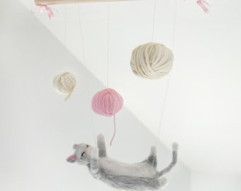 Baby mobile kitten playing with wool made of felted wool // baby gift // newborn gift // orignail decoration