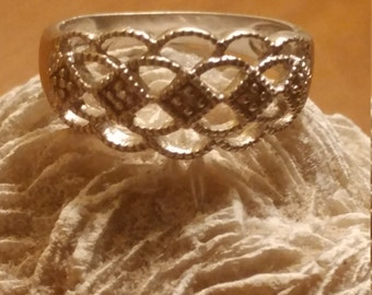 Gorgeous Vintage Sterling Silver RJ Graziano Intricate Ring Size 8