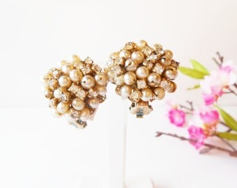 Vintage Pearl and Rhinestone Earrings Champagne Pearls Clip On Earrings Costume Jewelry
