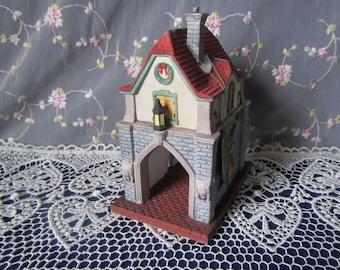 vintage  Department 56 Heritage Village Collection GATE HOUSE * dept. 56  handpainted porcelain accessory