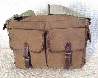 Vintage  EDDIE BAUER canvas and brown leather messenger bag crossbody