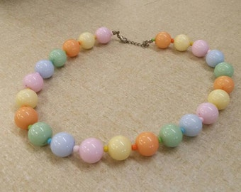 On Sale Inexpensive Bling Pale Pastel Spring Colors 18 inch Beaded Necklace Costume Jewelry Dress Up Style