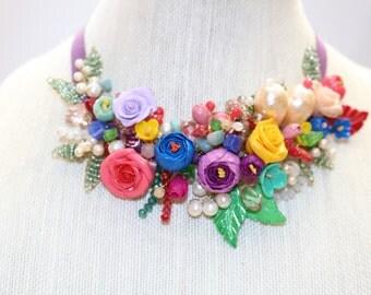 handmade multicolor necklace.