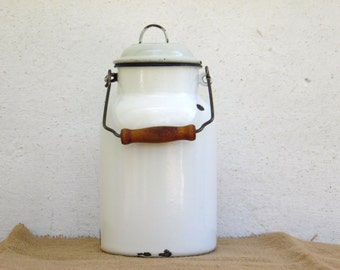 White Enameled Milk Can - Vintage Enamel Milk Can - Kitchenalia - Enamelware - Home Decor