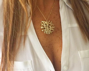 Gold Necklace With Interlaced Gold Sun Charm - Beach - Summer