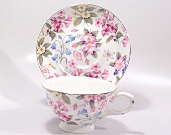 Roses of England Fine Bone China made in China tea cup and saucer