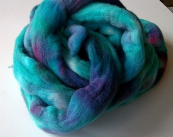 Hand dyed Merino wool top, great for spinning  4.7 oz (133 g)