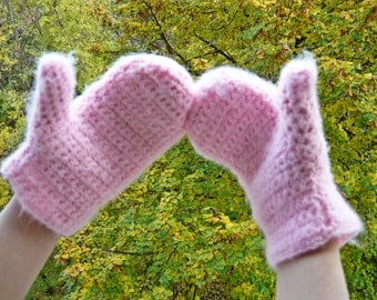 Girls / Women Lovely Pink Mittens