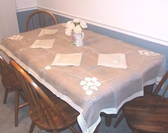 Vintage sheer table cloth and napkin set