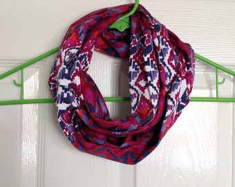 Tribal print infinity scarf, 100% cotton, handmade