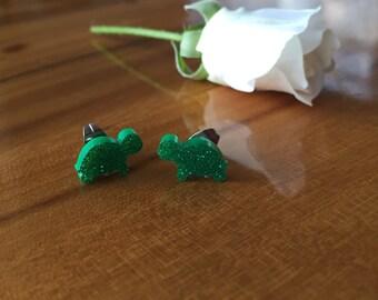Green Glitter Turtle Earrings!