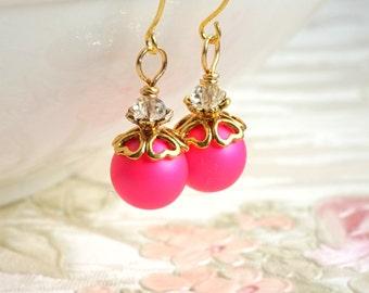 Hot Pink Bridesmaid Earrings Swarovski Pearl Earrings Bridesmaid Gift Pink Bridesmaid Dangle Earrings Wedding Jewelry Fuchsia Wedding Favors