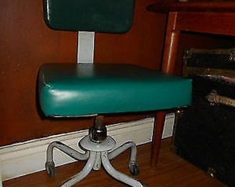 1970s Green Leather Office Chair