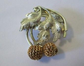 Acorn Brooch. Oak Brooch. Oak Leaf Brooch.Unique Brooch. Leaf Pin.