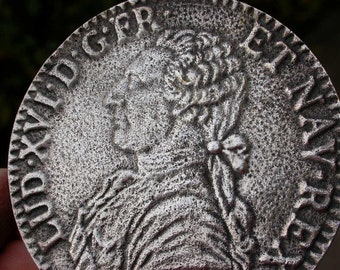 French antique Large medal Silver coin king of France portrait  Louis XIV crown royal Souvenir coin medal