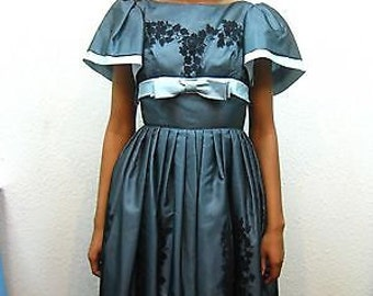 Vintage 1950s Shear Baby Blue Black Taffeta Tulle Floral Flocked Cupcake Lace Prom Dress