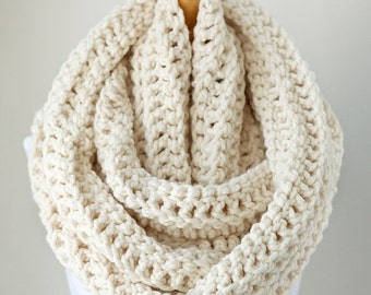 SUMMER SALE Oversized infinity scarf, oversized chunky scarf, eternity scarf in Off White/Vanilla, crochet scarf