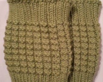Green knit bootliners