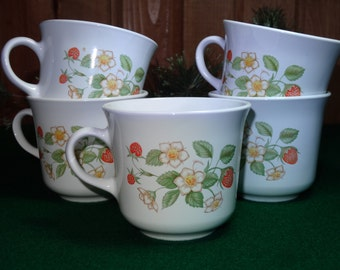 Set of 5 Corning Strawberry Sundae Coffee Cups with Creamer / Corning / Corelle /