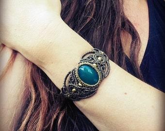 Macrame Bracelet Cuff olive green Agate  tribal hippie fairy baroque ethno boho goa gemstone makramee victorian